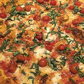 Regents Cherry Tomato Pizza
