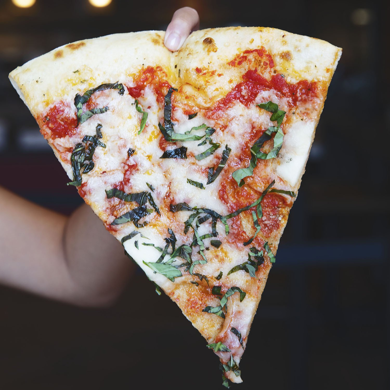 dominics slice